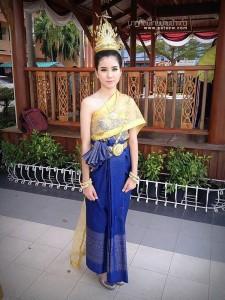 ชุดไทยประยุกต์_006