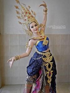 ชุดไทยประยุกต์_016