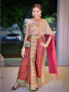 ชุดไทยประยุกต์_029